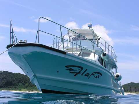 沖縄ダイビング ボート