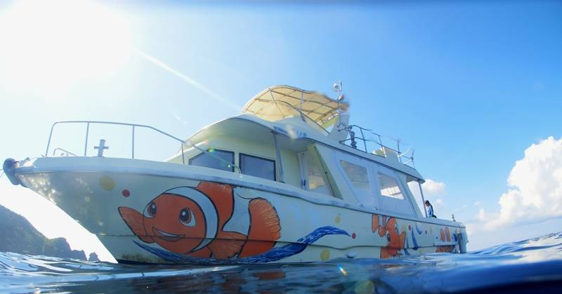 石垣島ダイビング ボート